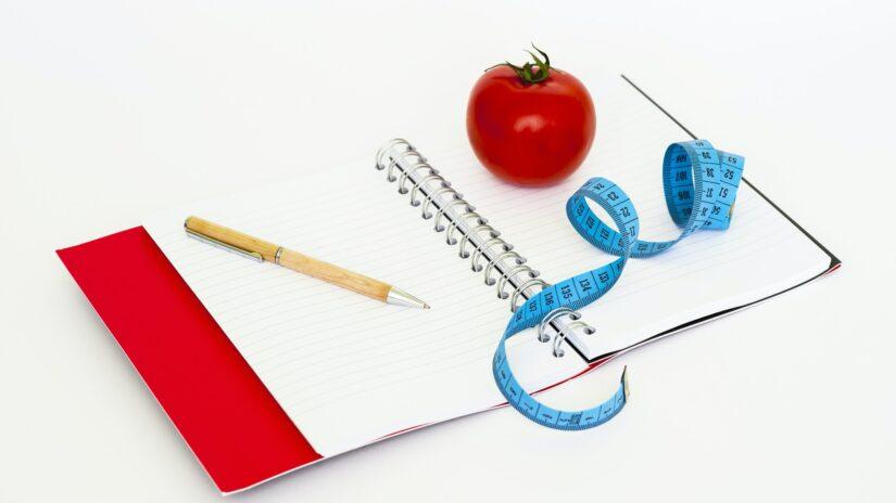 フィジーク初心者の減量期の食事【3つのフェーズ】